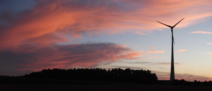 Windrad und Morgenrot